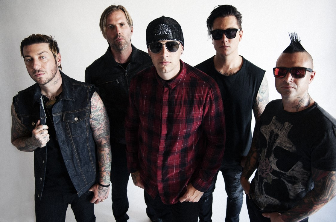 out of this world avenged sevenfold raise their game on the stage tour stereoboard blog. Black Bedroom Furniture Sets. Home Design Ideas
