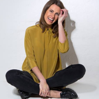 Ellie Taylor tickets