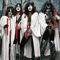 Kiss Christmas Tickets