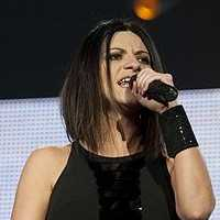 Laura Pausini tour dates and tickets