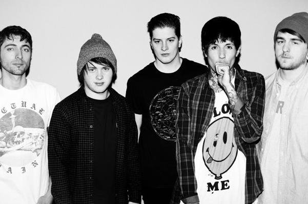 Bring Me The Horizon 'Sempiternal' In UK Album Chart Battle With Imagine Dragons