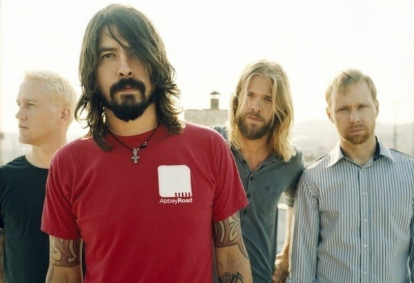 Dave Grohl Reveals Foo Fighters Are To Begin Work On New Album