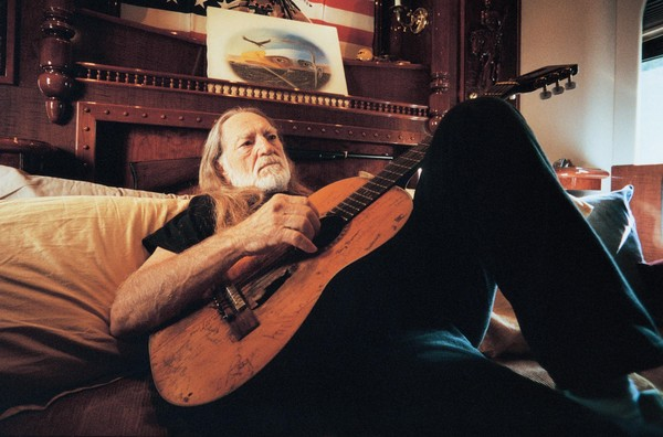 Willie Nelson Tour Dates, Tickets, Free Music, News, Reviews, Albums ...