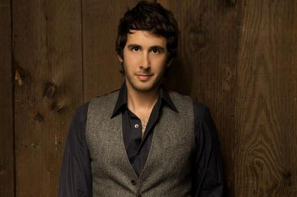Josh Groban Announces 'All That Echoes' UK And Ireland Tour Dates