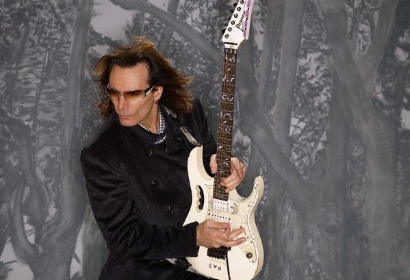 Steve Vai To Launch Guitar TV On 10th May With Live Press Conference