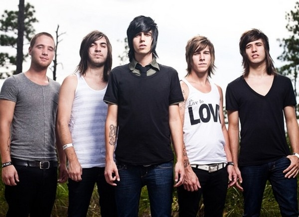 Sleeping With Sirens To Release New Album 'Lets Cheers To This' On May 30th