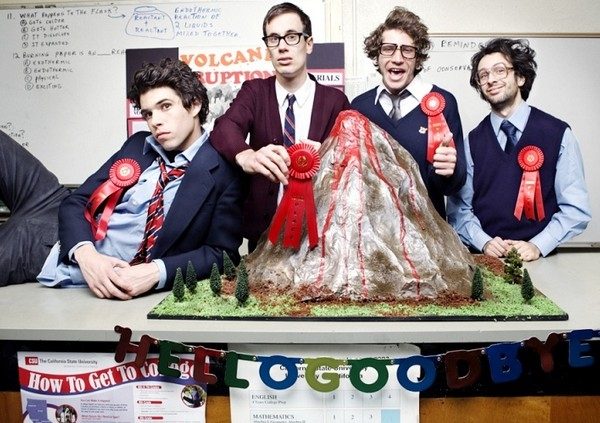 Hellogoodbye - Here (In Your Arms) - YouTube