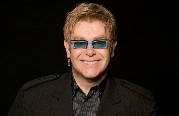 Elton John Confirms Summer 2012 Outdoor Concert At Chesterfield FC