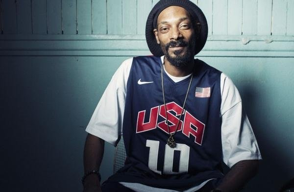 Snoop Lion Unveils Video For 'Lighters Up' - Watch Now