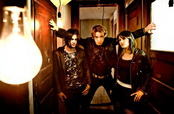 Win Tickets To See Sick Puppies