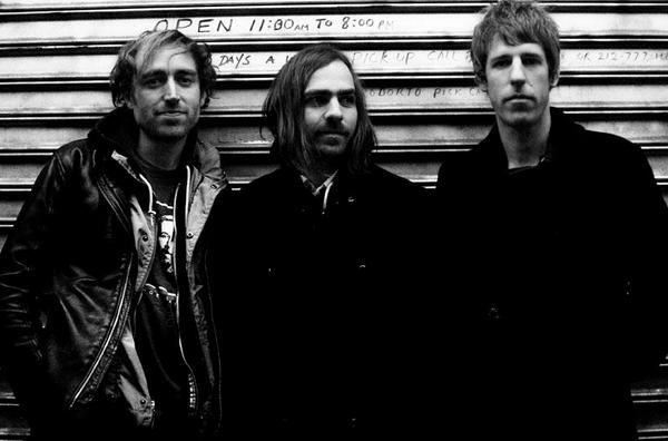 A Place To Bury Strangers - Worship (Album Review)