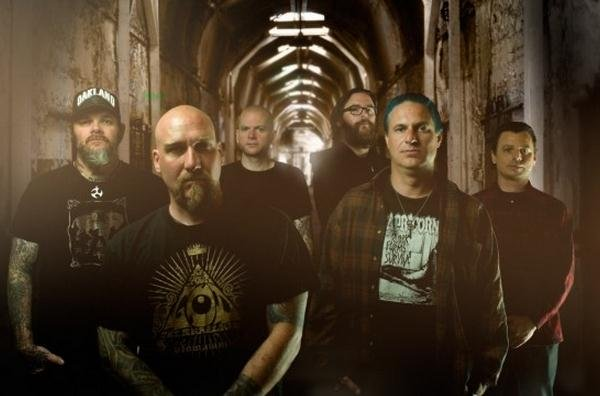 Distilling The Swarm: Stereoboard Talks To Scott Kelly Of Neurosis (Interview)