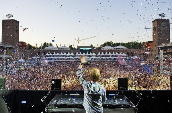 Chuckie, Hardwell, Cazzette & Steve Smart Confirmed As Support For Avicii At London O2 Arena Show