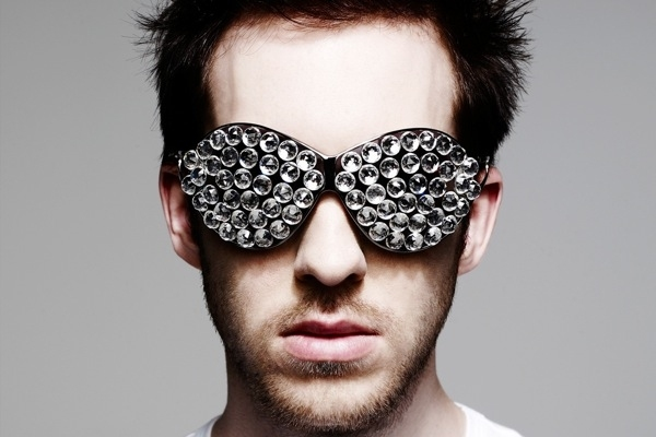 Calvin Harris Fuming Over Alleged BBC Newsbeat Quote Twists Surrounding Pre-Recorded DJ Sets