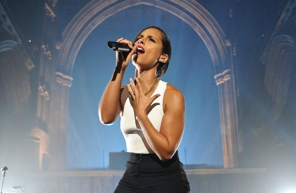 Stars Turn Out To Watch Alicia Keys And Lianne La Havas Perform For MTV Crashes Manchester