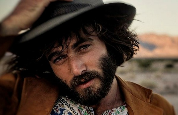 Angus Stone Goes Solo For New Album