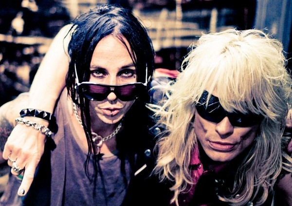 Dregen Backyard Babies backyard babies guitarist dregen joins forces with former hanoi