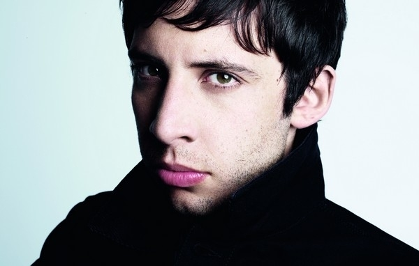 Example Unveils 'Stay Awake' Video - Watch Now
