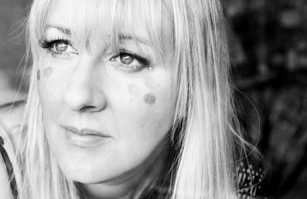 Singer-Songwriter Helen Boulding Announces Release Of Second Album 'Calling All Angels'