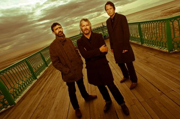 I Am Kloot Announce Brand New Single 'Hold Back The Night' - Listen Now
