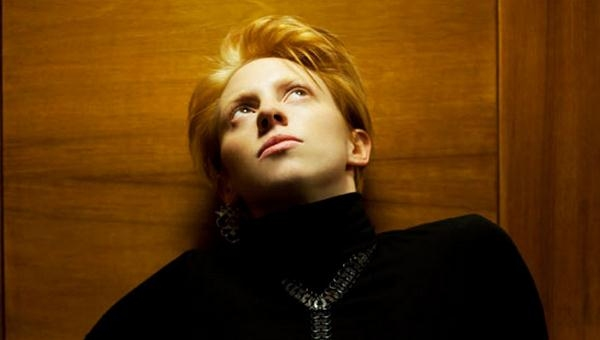 "La Roux Announce Three UK ""Warm Up"" Shows For Spring"