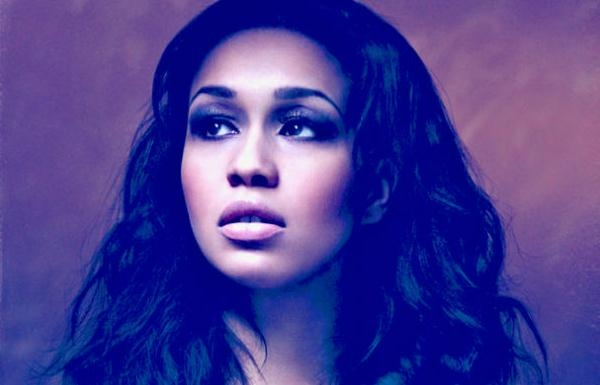 Rebecca Ferguson Announces Release Of New Single 'Backtrack'