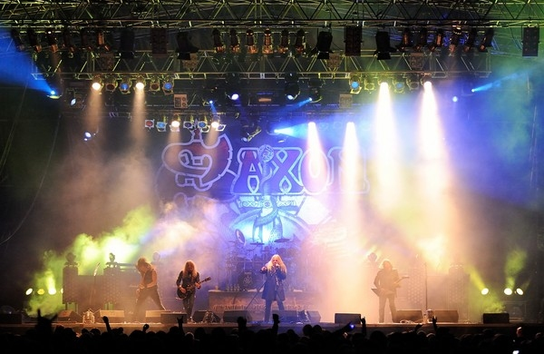 Win A Copy Of Saxon S Heavy Metal Thunder Live Eagles