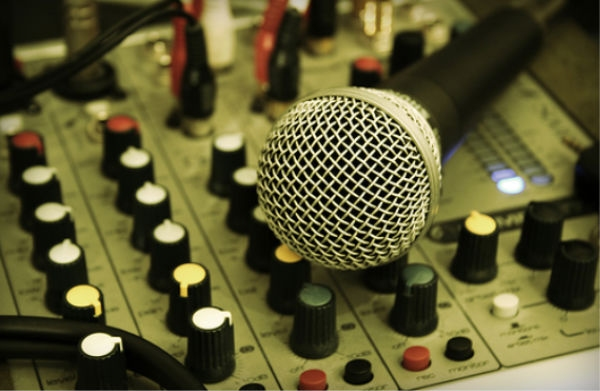 Life As An Unsigned Band Part 3 - The Sound Engineers (FEATURE)