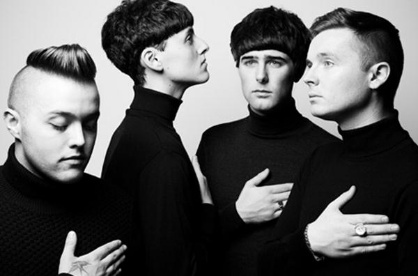 The Heartbreaks Release Special Christmas Cover Song As Free Download - Listen Now
