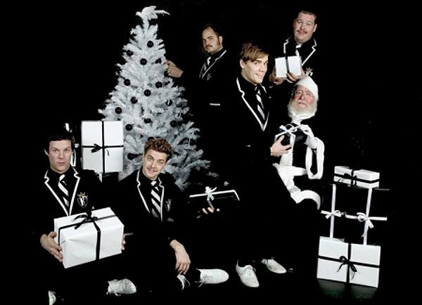 Stereoboard's Alternative Christmas Song Playlist (The Hives, EELS, The Wombats Feature)
