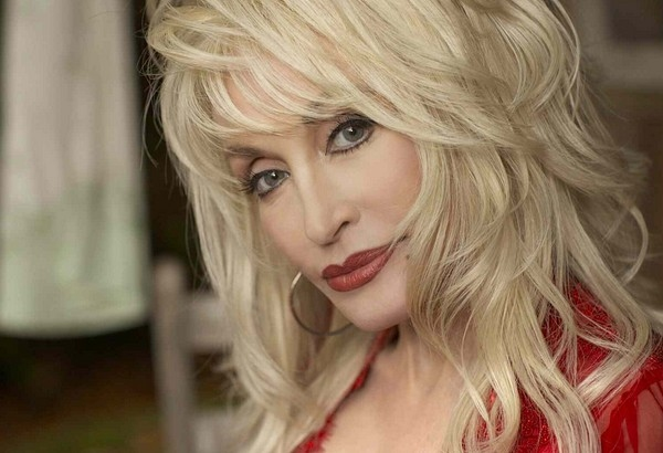 Dolly Parton Announces Extra London Date For 'Better Day' UK Tour & Tickets